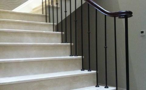 Crema marfil - Marble stairs
