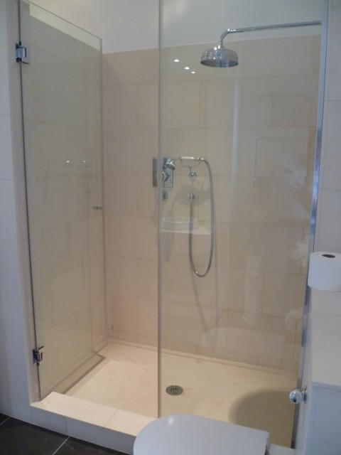 vratza limestone shower tray london