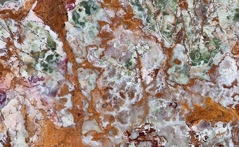 Onice Multigreen onyx close-up