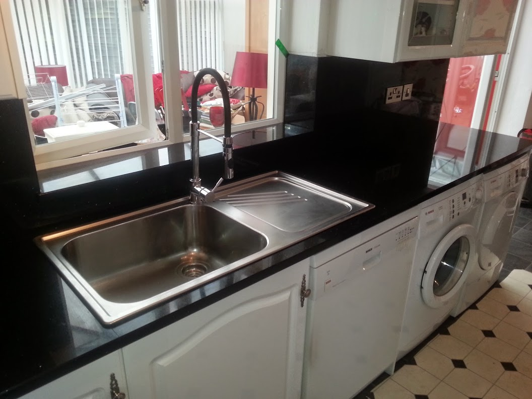 Star galaxy backsplash and sink