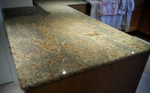 Large peninsular section - kashmir grranite worktop with bullnose