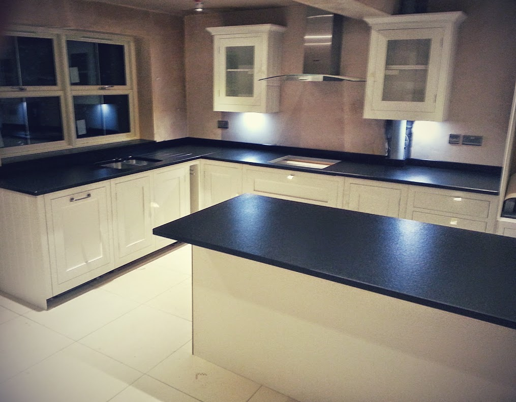 Zimbabwe black granite anticato finish kenilworth for Kitchen cabinets zimbabwe