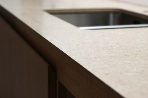 caesarstone-shitake quartz kitchen worktop - edge profile