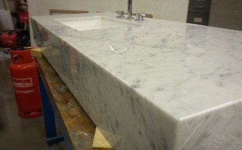 carrara marble vanity joints